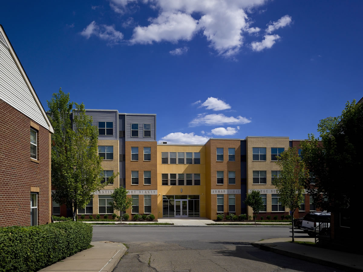 Legacy Hill Apartments
